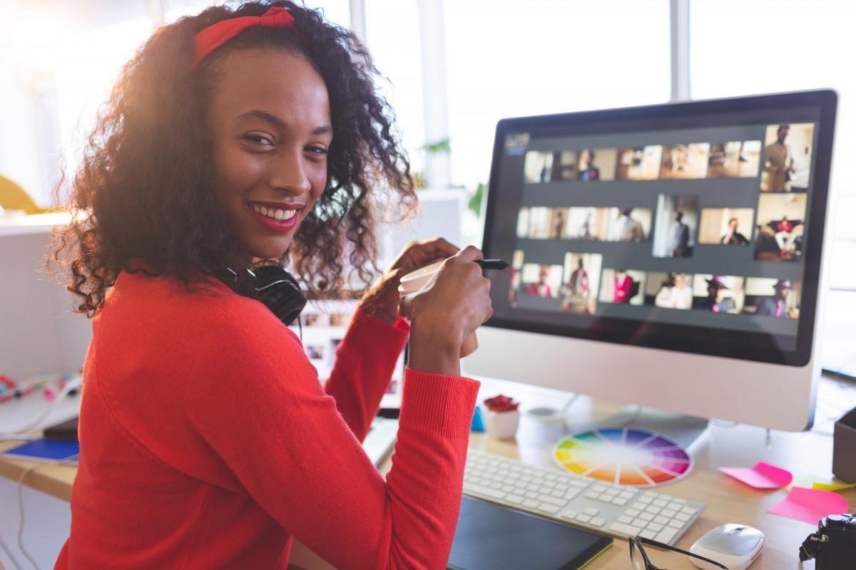 Female graphic designer in a modern office