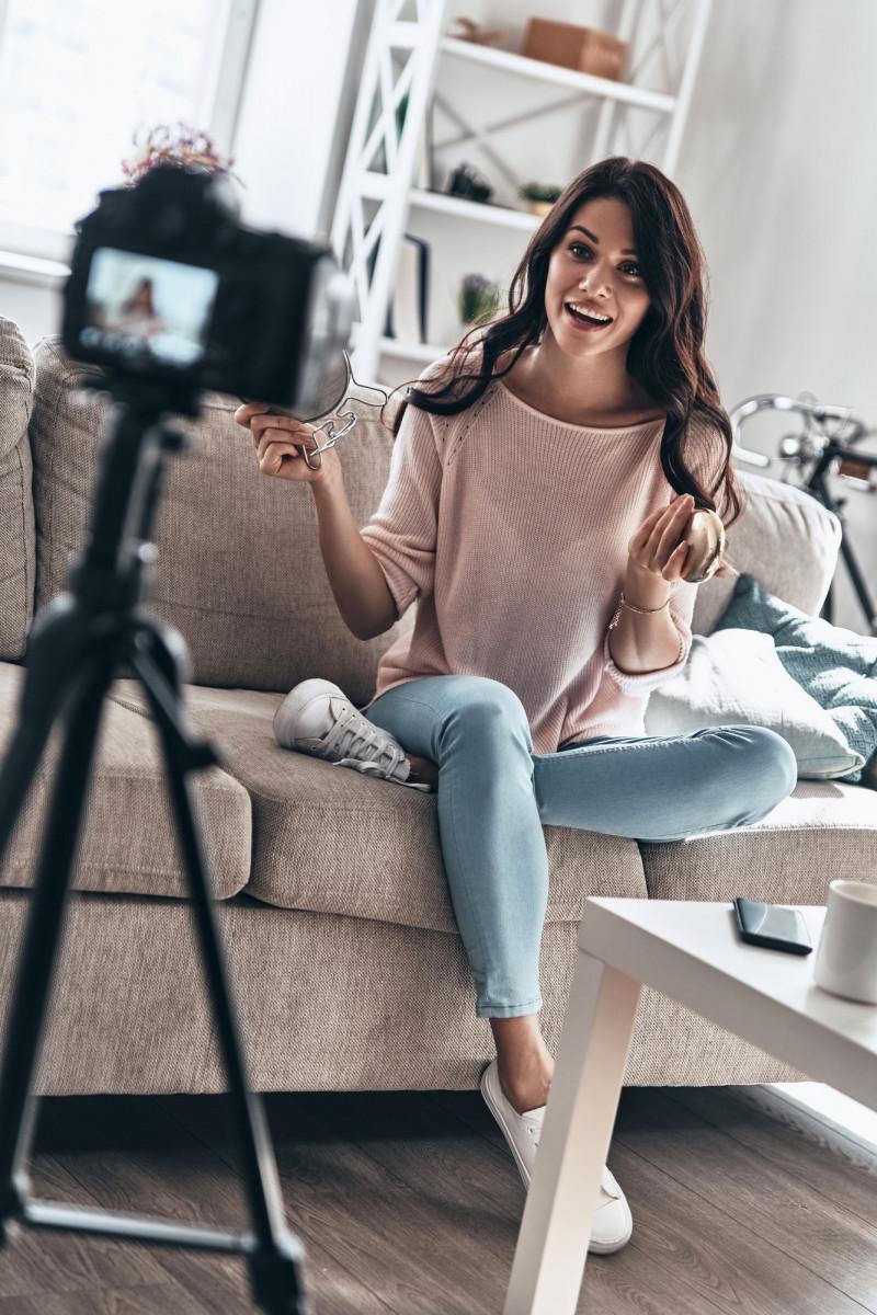 Modern vlogger.